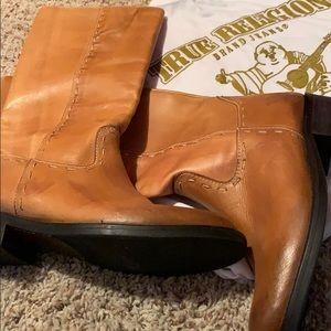 ❤️❤️True Religion Riding Boots 7.5❤️❤️